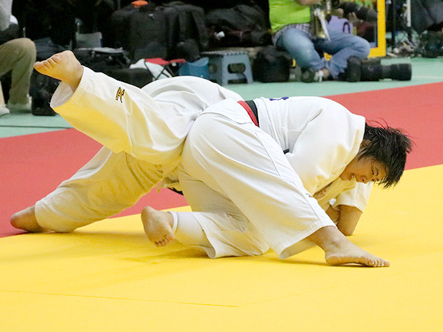 平成29年度講道館杯全日本柔道体重別選手権大会 女子78kg超級 3回戦 素根輝 vs 蓮尾沙樹�A
