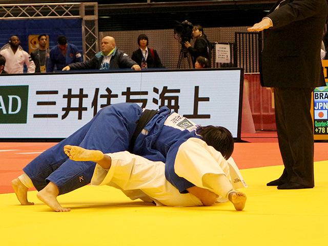 柔道グランドスラム東京2017 女子78kg超級 準々決勝戦 素根輝 vs M.ALTHEMAN�A