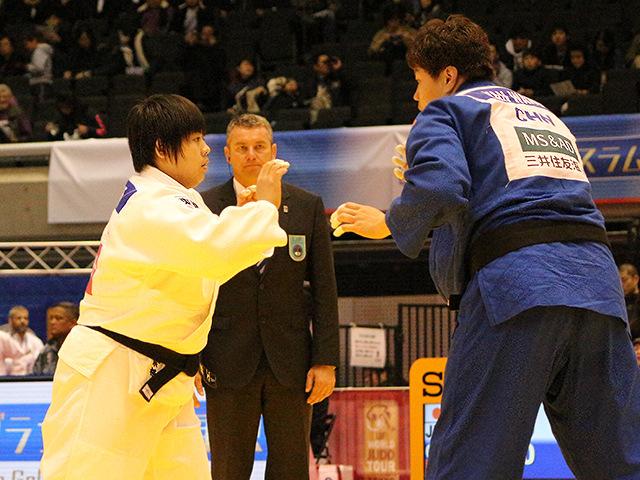 柔道グランドスラム東京2017 女子78kg超級 1回戦 素根輝 vs Y.WANG�@