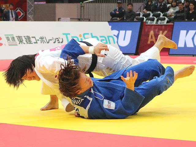 柔道グランドスラム大阪2018 女子70kg級 準決勝戦 新井千鶴 vs M.PINOT