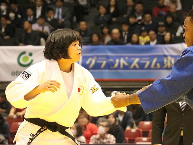 柔道グランドスラム東京2017 女子78kg級 準決勝戦 濱田尚里 vs A.TCHEUMEO�@