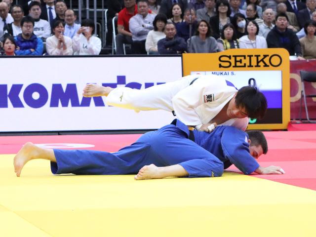 柔道グランドスラム大阪2019 男子90kg級 3回戦 向翔一郎 vs R.DONTSOV�A