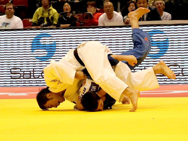 柔道グランドスラム東京2016 男子60kg級 準決勝戦 高藤直寿 vs R.MSHVIDOBADZE�A