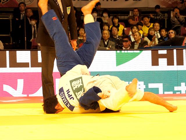柔道グランドスラム東京2015 男子60kg級 決勝戦 高藤直寿 vs B.MUDRANOV�@