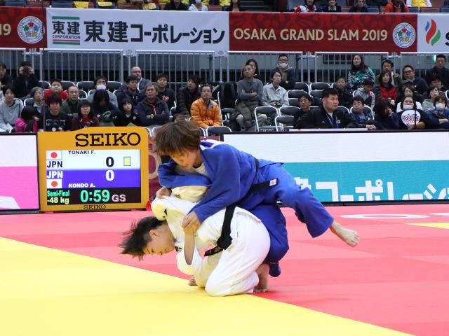 柔道グランドスラム大阪2019 女子48kg級 準決勝戦 渡名喜風南 vs 近藤亜美�@