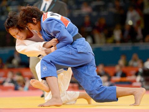 女子57kg級 1回戦 上野-ガリマ・チャウドゥリー