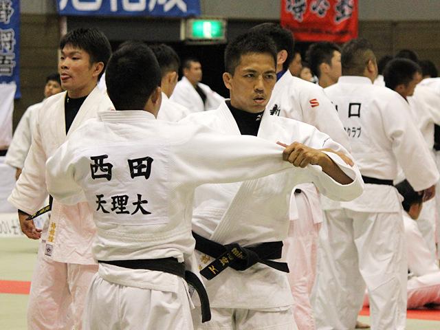 野村忠宏 試合前の練習風景�A