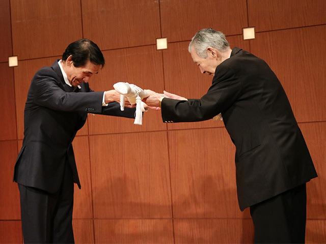 嘉納治五郎師範没後八十周年記念刀剣 献納式