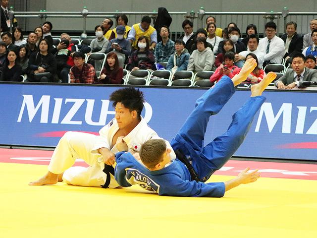 男子81kg級 小原拳哉 vs V.ZOLOEV
