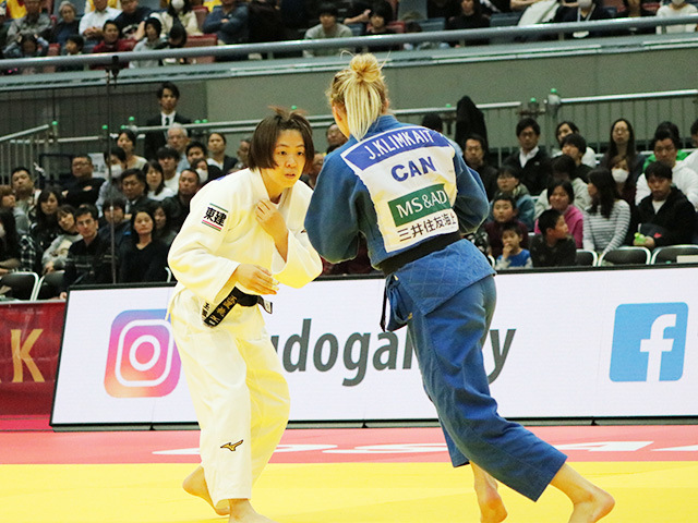 女子57kg級 決勝戦 玉置桃 vs J.KLIMKAIT�@