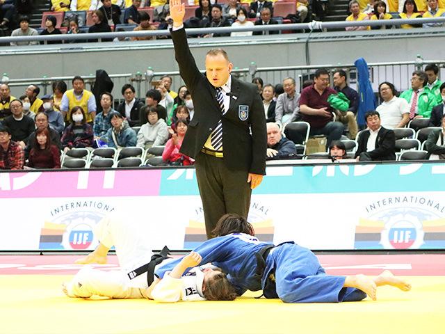 女子63kg級 準決勝戦 土井雅子 vs T.TRSTENJAK