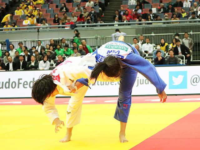 女子70kg級準々決勝戦 新井千鶴 vs E.RODRIGUEZ