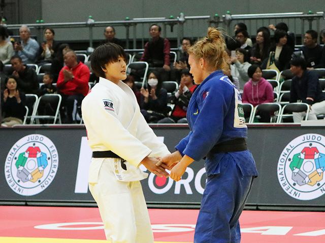 柔道グランドスラム大阪2018 女子70kg級 決勝戦 新井千鶴 vs A.BERNHOLM�A