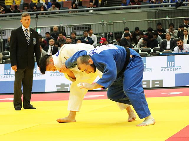 柔道グランドスラム大阪2018 男子90kg級 準決勝戦 向翔一郎 vs U.MARGIANI�A