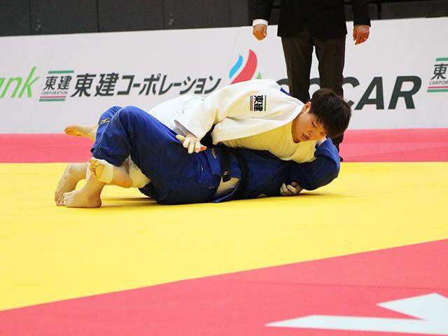 女子78kg級 準々決勝戦 佐藤瑠香 vs L.MALZAHN