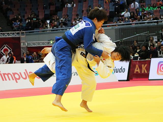 女子78kg級 �M田尚里 vs 梅木真美