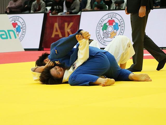 女子78kg級 決勝戦 梅木真美 vs 佐藤瑠香�A