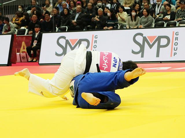女子78kg超級 1回戦 素根輝 vs M.HAN