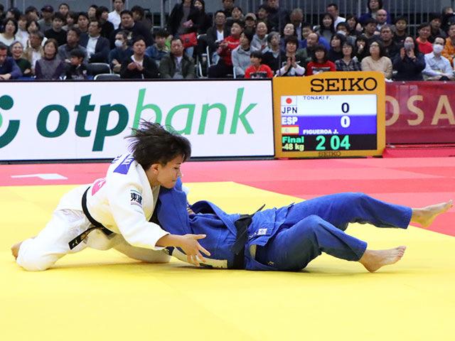 女子48kg級 渡名喜風南 vs J.FIGUEROA