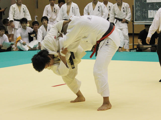 東北大学vs九州大学�C