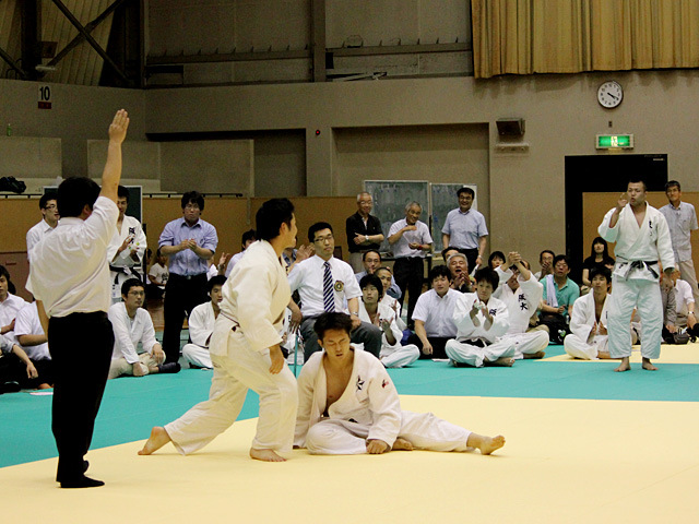 九州大学vs大阪大学�A