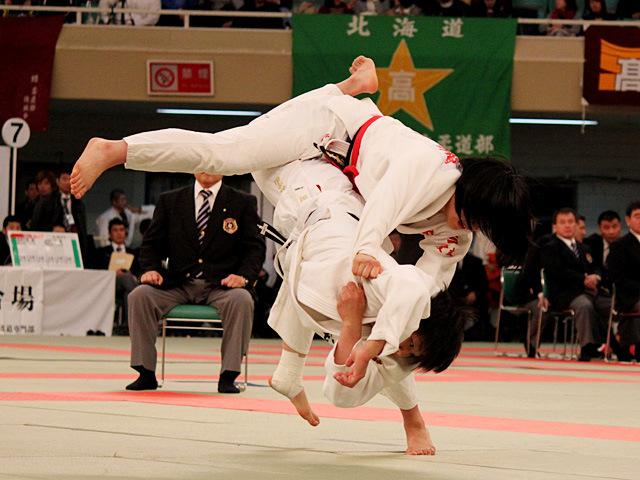 女子63kg級決勝 鍋倉那美 vs 佐藤史織�@
