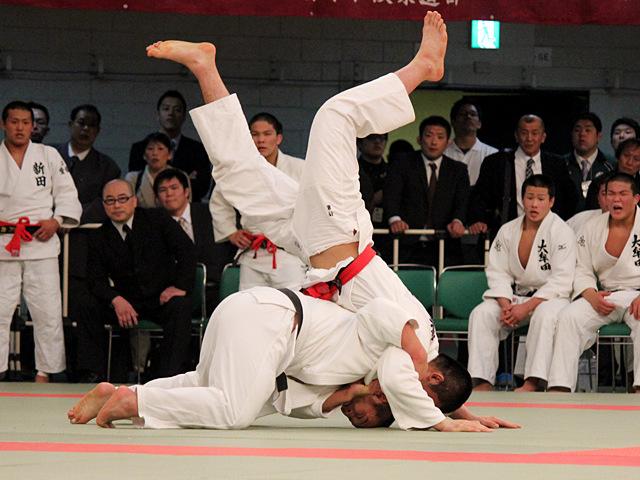 新田高校 vs 大牟田高校