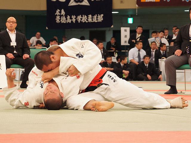 男子73kg級決勝 渡邊神威vs朝比奈龍希�D