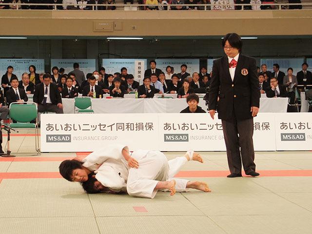 女子52kg級決勝 富沢佳奈vs武田亮子�A