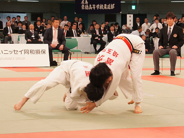 52kg級 富沢佳奈 vs 武田亮子