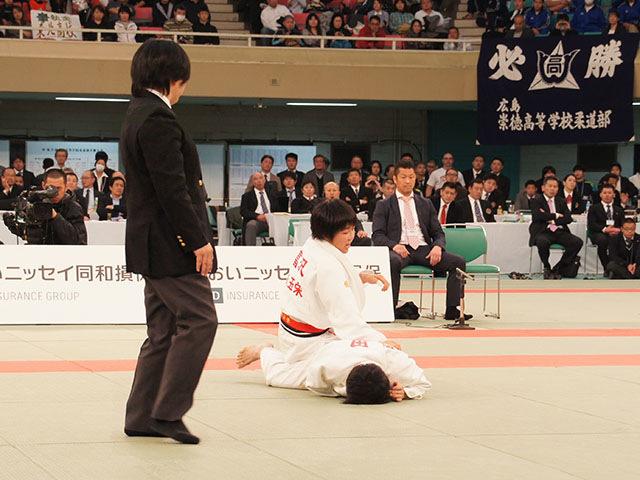 女子52kg級決勝 富沢佳奈vs武田亮子�E