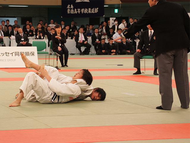 女子57kg級決勝 舟久保遥香vs若藤唯�B