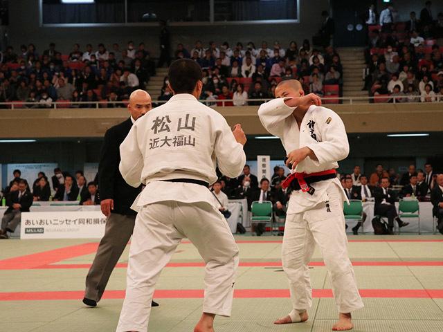 男子73kg級準決勝村上優哉vs松山葵偉�A