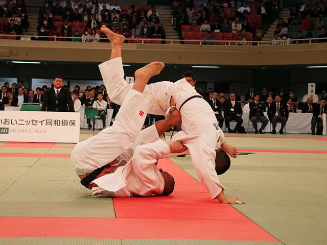 81kg級 奥田將人 vs 亀谷嗣温�@