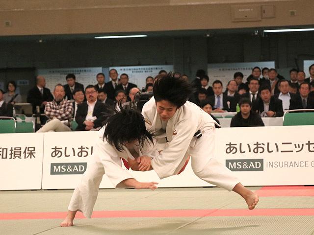 女子48kg級決勝安部風花vs和田君華�A