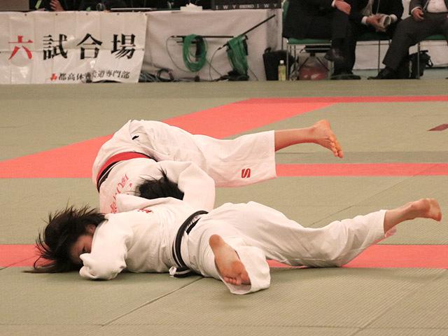 女子52kg級準決勝阿部詩vs三浦百香�A