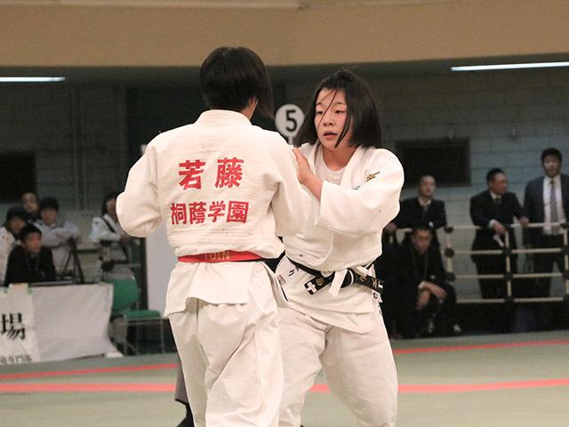 女子57kg級準決勝若藤唯vs古賀ひより�@