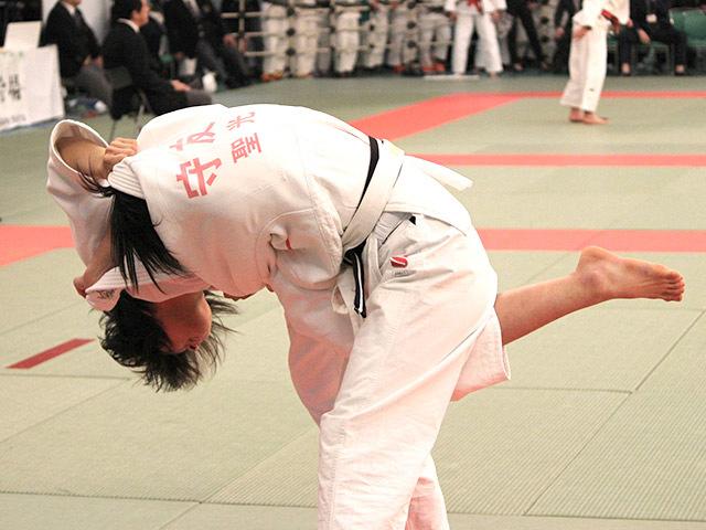 女子63kg級2回戦結城彩乃vs守友あみ�A