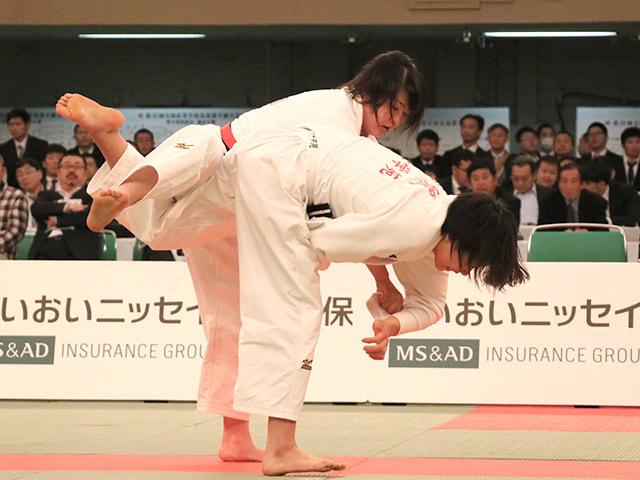 女子63kg級決勝浦明澄vs結城彩乃�B