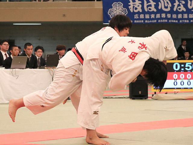 女子無差別級決勝素根輝vs和田梨乃子�B