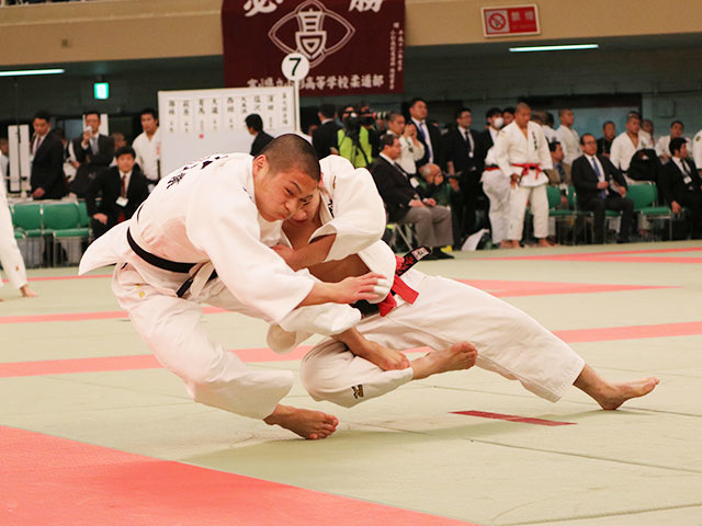 男子60kg級3回戦<br>�M田大樹vs大沼勢