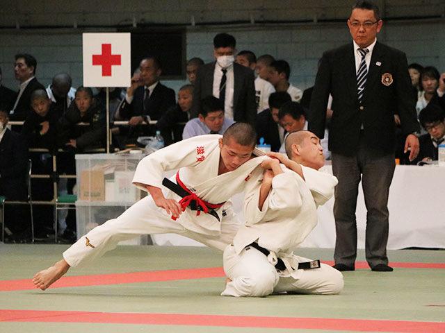 男子60kg級4回戦<br>福田大晟vs樽岡葉太