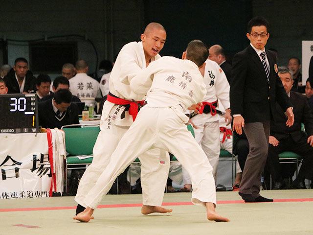 男子66kg級2回戦<br>松田颯真vs南龍太郎