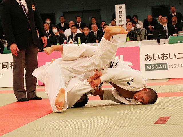 男子66kg級決勝戦<br>岸武蔵vs唯野己哲�A