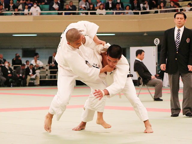 男子73kg級準決勝戦<br>石原樹vs島本真司郎