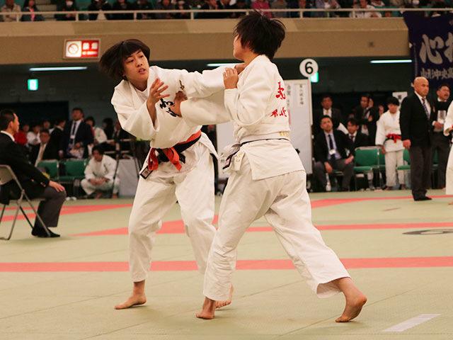 女子52kg級2回戦<br>小林光瑠瑚vs野上莉来奈