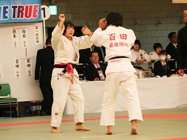 女子52kg級3回戦<br>白石響vs百田久佳