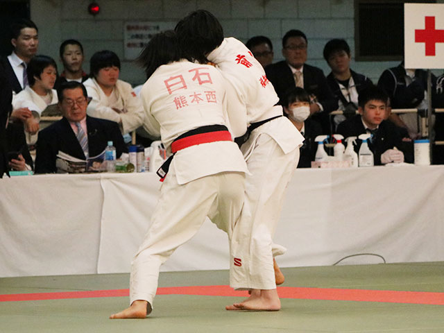 女子52kg級準決勝戦<br>白石響vs前川夏海