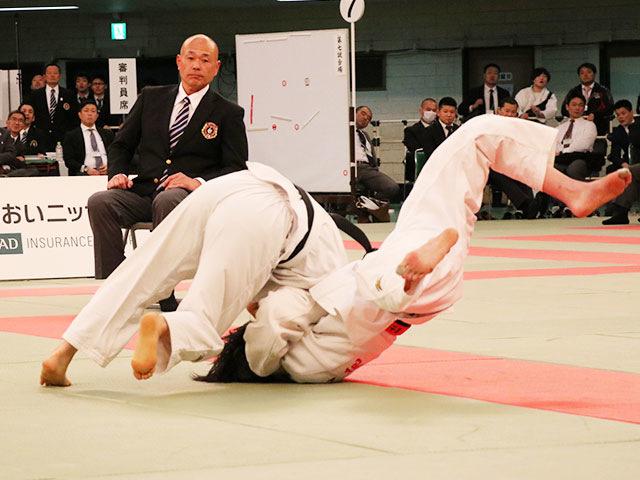 女子52kg級決勝戦<br>藤城心vs白石響
