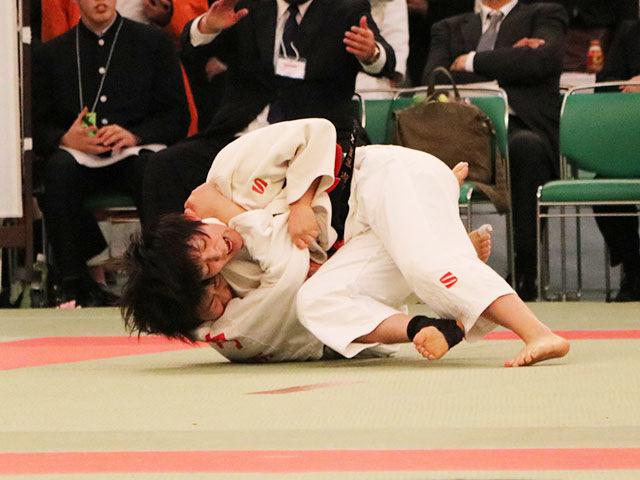 女子57kg級3回戦<br>藤原遥果vs盛内茉彩紀